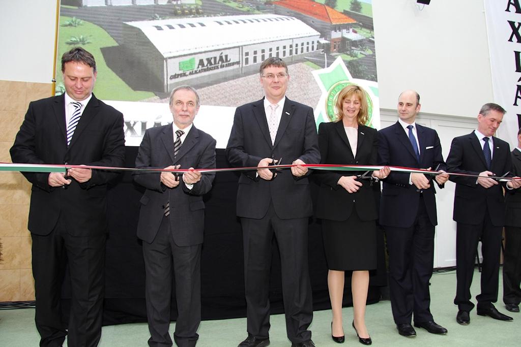Axiál Kft átadó 2011 december
