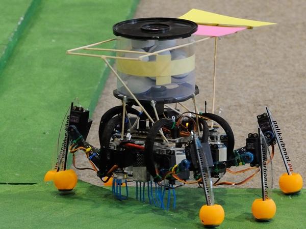 Tudomány - Robotépítõ-verseny Szegeden