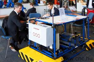 Creform önjáró robot az INDUSTRAIUTOMATION kiállításon