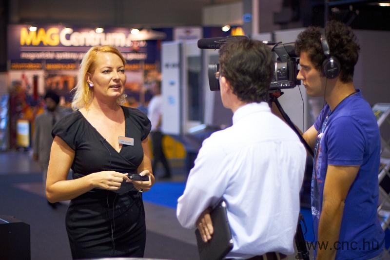 Polacsek Judit, a Renishaw PLC magyarországi képviseletének értékesítési asszisztense adott interjút a CNCMedia csapatának az MSV Brno kiállításon