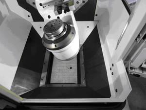 A HSM 200U LP dönthető körasztala