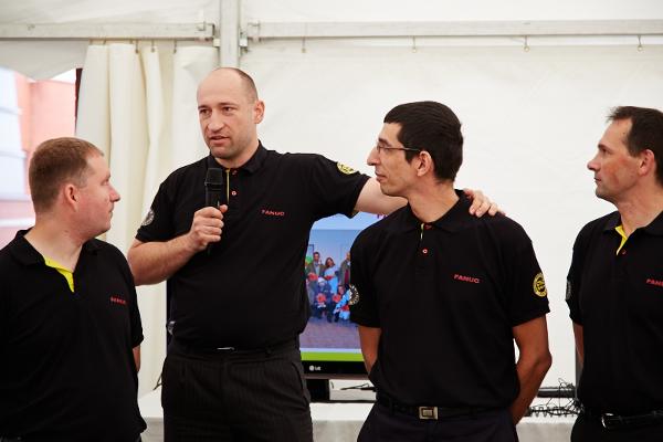 Petr Duchoslav bemutatja a magyar csapatot