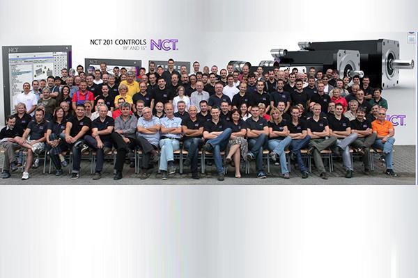 NCT csoportkép 2013_kiemelt