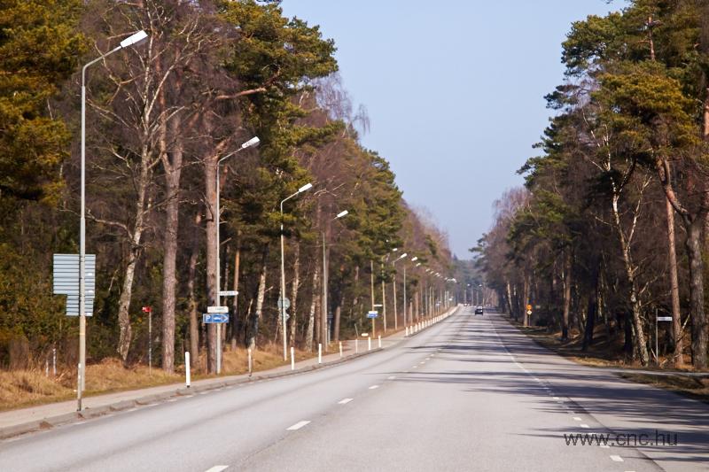 A svéd közlekedési szabályok szigorúbbak, mint a magyarok