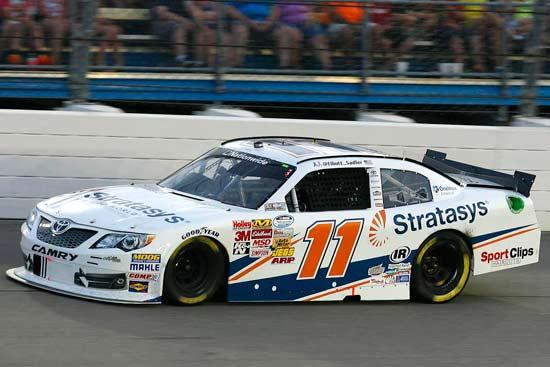 A Joe Gibbs Racing csapatának főszponzoraként debütált a Stratasys a NASCAR versenysorozatban
