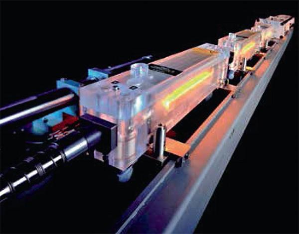 1991-ben a schrambergi Haas iparilag alkalmas, több kilowattos, tartós vonalú szilárdtest-lézerrel jelentkezett a szektorban