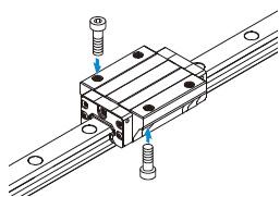 10. ábra: Lineáris csapágy és vezeték rögzítése csavarral