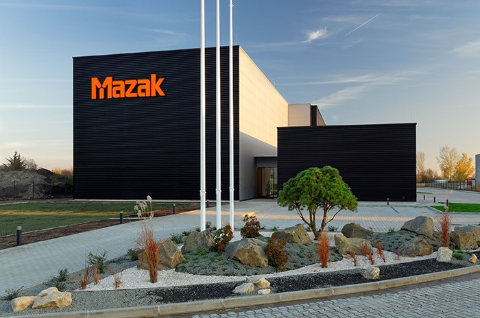 Mazak_tech_cent_hu_cikk