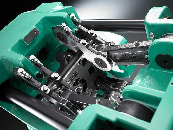 7. ábra: Könyökemelős mechanizmus egy Arburg gépben