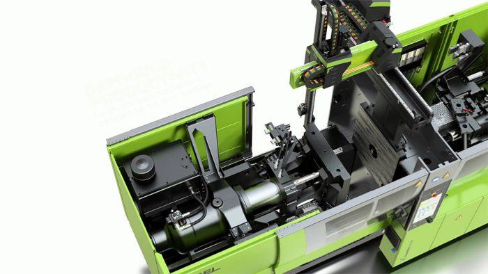 9. ábra: Az Engel által kifejlesztett C-keretes gép. A hátsó szerszámfelfogó lap és a hidraulikus munkahenger között látható az egyenszilárdságú tartó.