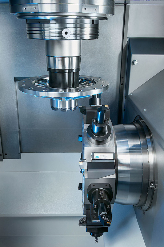 The VL 8 offers increased capacity to manufacture larger workpieces, such as those for truck powertains.