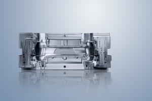 A DMU 210 P alkalmas nagy teherbírású megmunkálásra, a munkatere pedig 2100 x 2100 x 1250 mm.