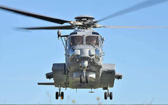 A VACCO minősítette a CH-148 Cyclone helikopterhez a kieresztő-leállító szelepet. A kép a Kanadai Királyi Légierő/True-dee McCarthy tizedes tulajdona, 12 Wing Imaging Services, Shearwater, Új-Skócia.