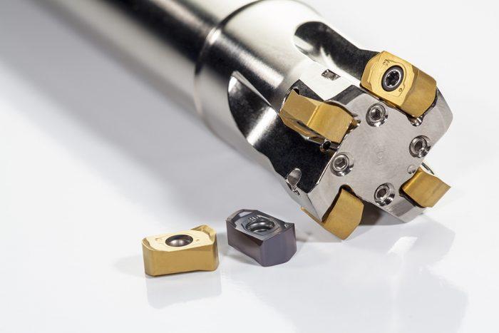 A sokoldalú Pramet SBN10 marók használhatók másolómaráshoz, csavarvonal interpolációhoz, horonymaráshoz és süllyesztéshez egyaránt.