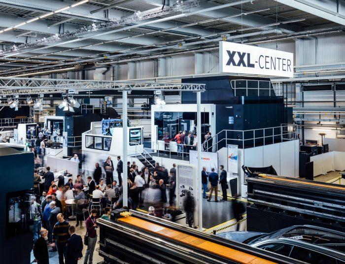 Az XXL-Center-ben a DMG MORI a repülőgépiparban és a szerszámgyártásban előforduló nagy méretű munkadarabok gyártására koncentrál.