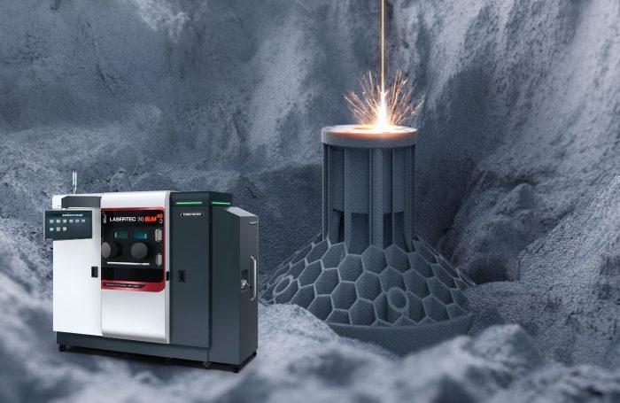 A szelektív lézer szinterezésen alapuló additív gyártás piacán a LASERTEC SLM magas folyamatbiztonságot, kiemelkedő hatékonyságot garantál. Rugalmas poradagoló rendszere a felhasznált por cseréjét kevesebb, mint két óra alatt képes elvégezni.