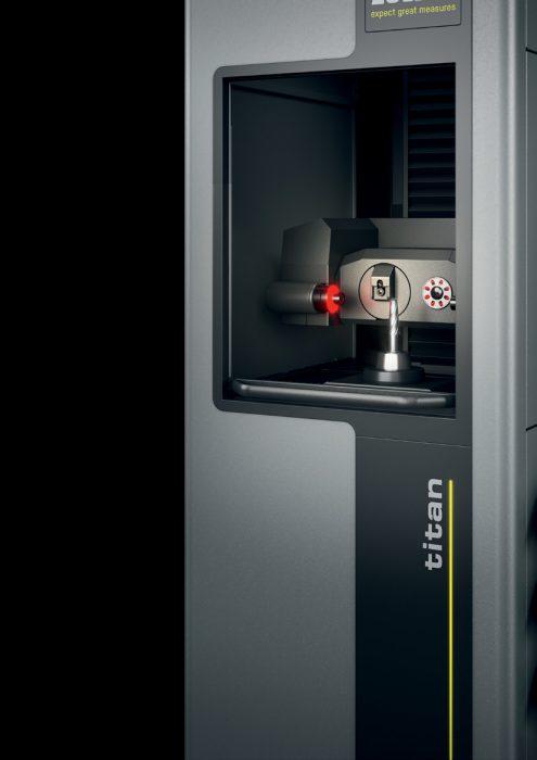 """A CNC vezérlésű multiszenzoros mérőrendszerrel, a rezgésmentes állvánnyal és egy automata szintszabályozóval felszerelt """"titan"""" nagy mérési pontosságot garantál a precíziós szerszámok bemérése során."""